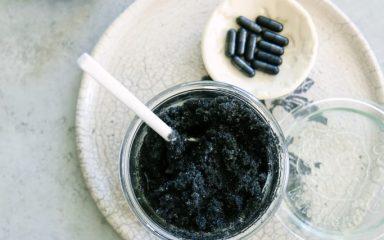 Guia Wellness: conheça os benefícios do carvão ativado para a pele