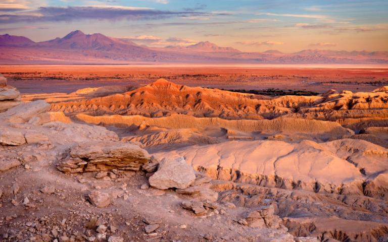 Deserto do Atacama: variedade de tons e paisagens