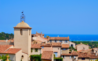 A quase desconhecida e charmosa cidade de Ramatuelle, na França